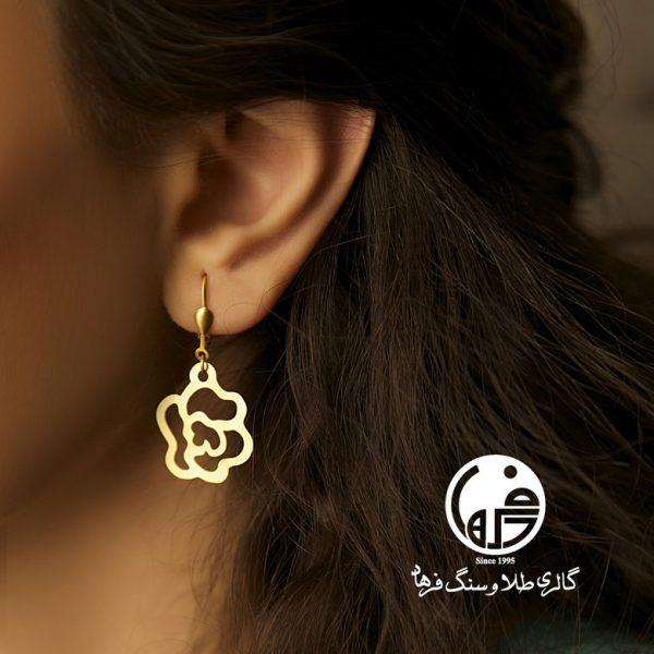 گوشواره طلا طرح گل رز شانل