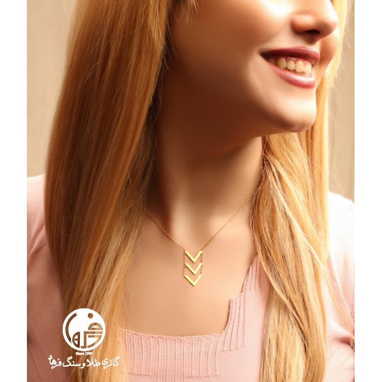 گردنبند طلا طرح V