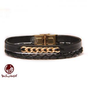 دستبند مردانه طلا و چرم طرح کارتیه