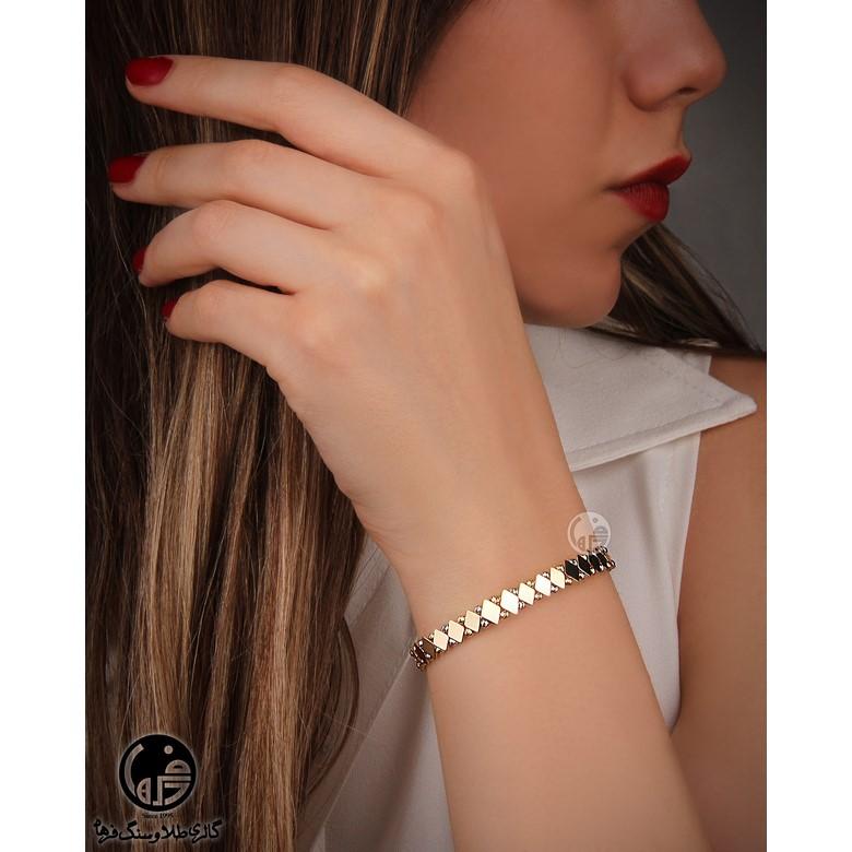 دستبند طلا طرح لوزی و گوی کد B695